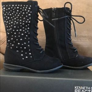 Kenneth Cole Reaction Girls boot size 6